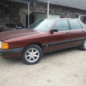 Audi 100 1989a 002
